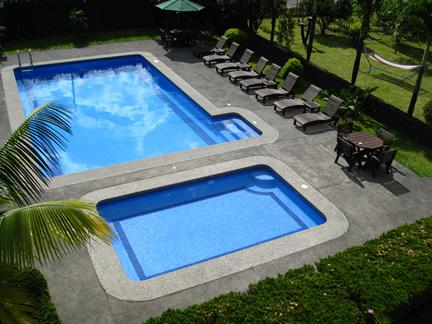 Piscina del Hotel San Bosco, La Fortuna, San Carlos, Alajuela, Costa Rica