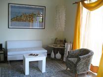Recepción del Hotel Luisiana en Santa Ana, Costa Rica