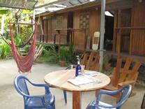 Terraza de Cabinas, Juice Joint y Super C&J, Puerto Viejo de Talamanca, Limón, Costa Rica